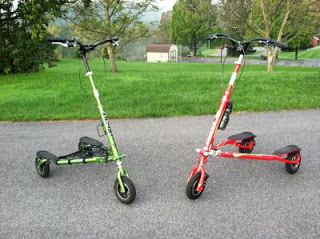 Green T78 Deluxe and Red T8 Sport